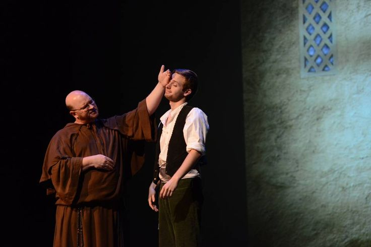romeo and friar laurence relationship help