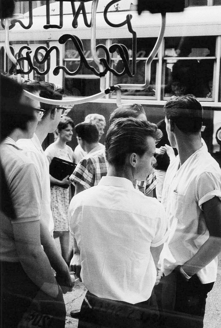 """wehadfacesthen:  """"Teenagers at bus stop, Chicago, 1959, photo by Joseph Sterling from his book The Age of Adolescence  """""""
