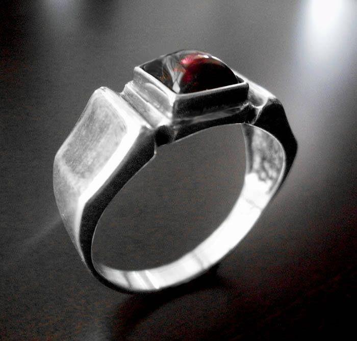 Τhe latest addition to my #etsy shop: Mens silver ring,signet ring,mens signet ring,silver mens ring,garnet ring,mens garnet ring,signet mens ring,birthday gift,chevalier homme http://etsy.me/2naGzpK #jewelry #ring #silver #no #yes #men #red #garnet #lovefriendship
