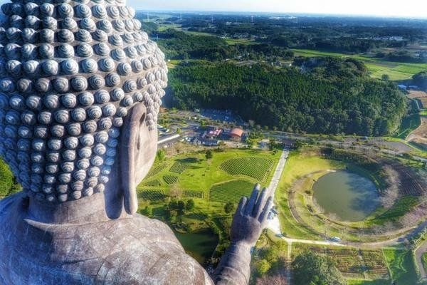 雅虎科技新聞: 2016最佳無人機攝影作品 - Yahoo奇摩新聞 - 日本茨城縣牛久大佛