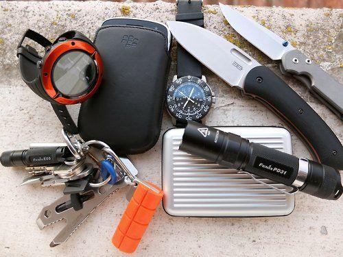Suunto Core Everest Limited Edition BlackBerry 9900 Keychain...