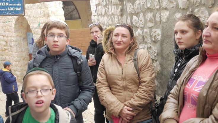 Бар-мицва-2016. Видеоклип о поездке детей новых репатриантов, которые достигли совершеннолетия по еврейской традиции, в один из четырех святых городов Израиля - Цфат.  #бар #мицва #бат #совершеннолетие #еврейские #традиции #хабад #хайфа #израиль #поездка #путешествие #цфат #подростки #празднование #торжество http://www.chabadhaifa.org/2016/12/11/bar-mitzvah-new-immigrant-12082016/