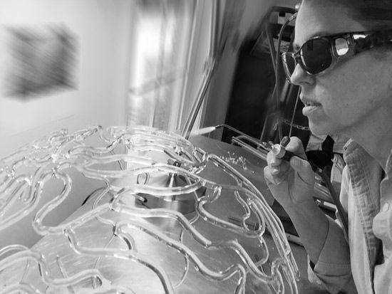 Emily Williams Glass Artist #glassart #flamework #sculpture