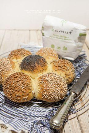 Margherita di pane al kamut con semi di papavero, sesamo e girasole