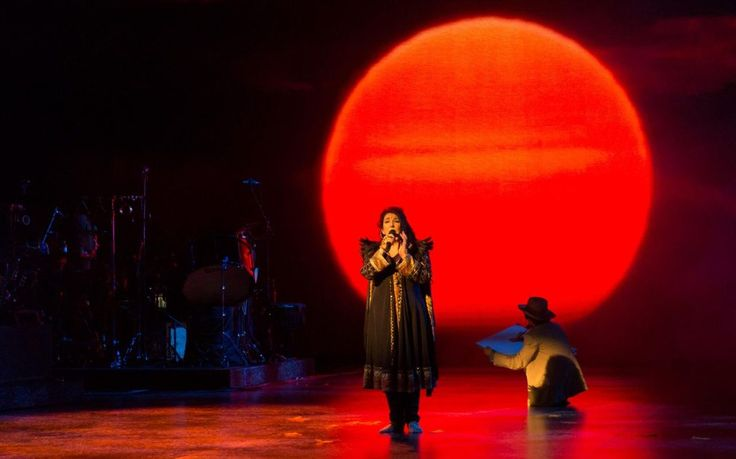 Kate Bush is to release a new live album, using recordings from her residency at Hammersmith's Eventim Apollo in 2014.