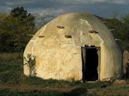 Afbeeldingsresultaat voor corbelled houses africa