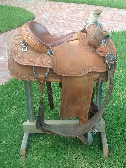 Jim McFerrin 15 1/4 Team Roping Saddle for Sale - For more information click on the image or see ad # 36042 on www.RanchWorldAds.com