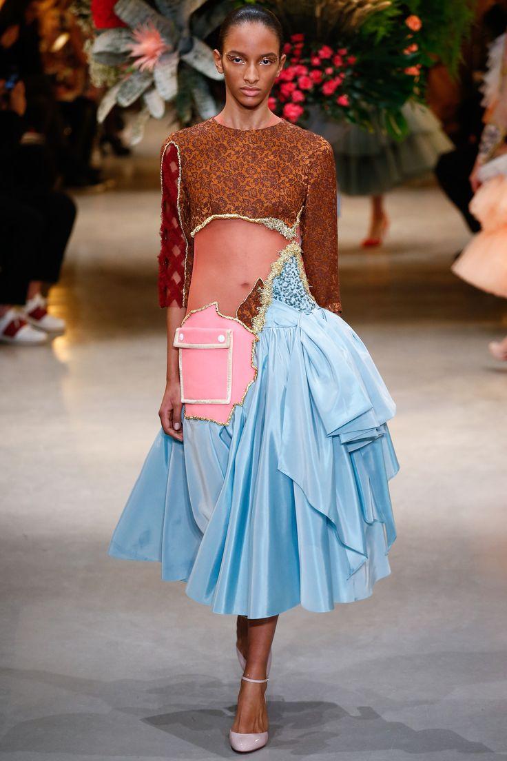 Défilé Viktor & Rolf Haute couture printemps-été 2017 16