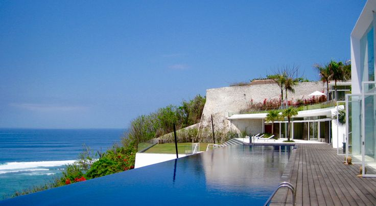 Villa Latitude | 6 Bedrooms | Uluwatu | Bali
