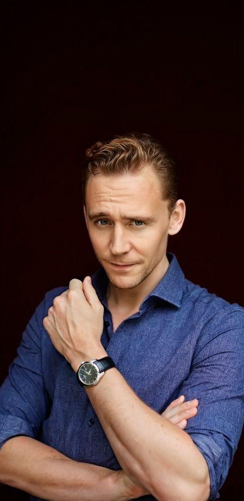 Tom Hiddleston for EL PAIS. Full size image: http://ww3.sinaimg.cn/large/6e14d388gw1ewur995sxuj20iz0sgwgo.jpg Source: http://tom-hiddleston.com/gallery/thumbnails.php?album=420