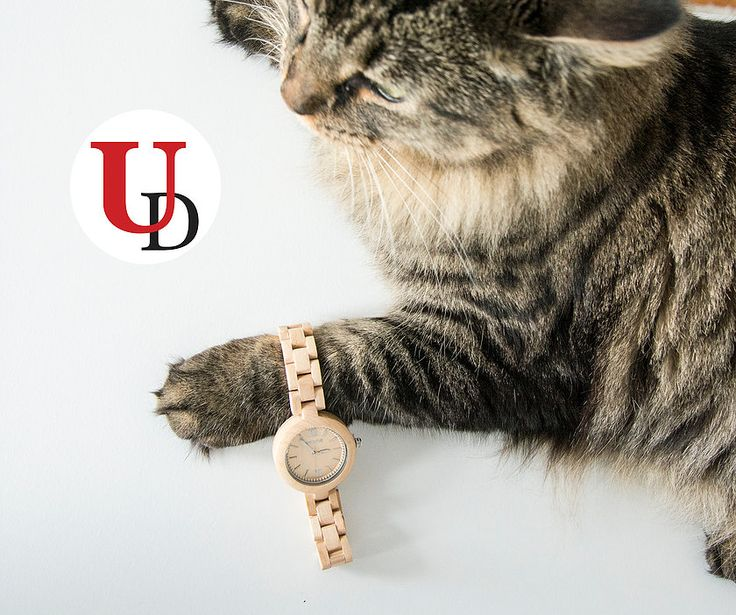UD wood watches-Personalized Gift Ideas for Groomsmen/Anniversary | CONTACT