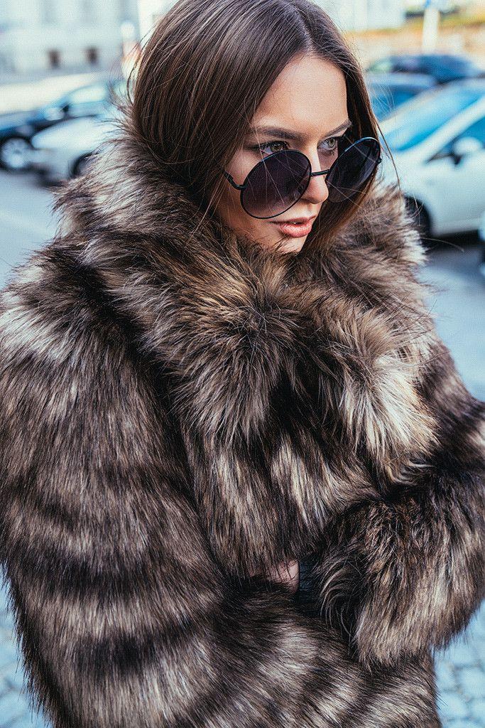 Her Pistol Go: Oversize Vintage Inspired Metal Round Circle Sunglasses 8370
