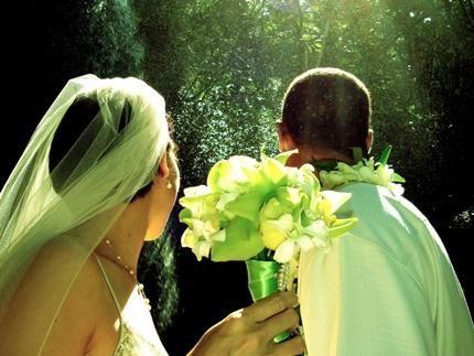 kauai-waterfall-weddings-kauai-wedding-sites