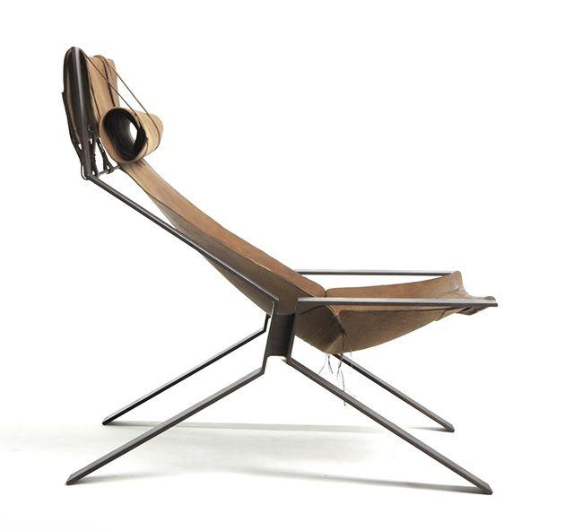 El Toro Lounge  http://oo-d-a.com/furniture/toro-axon/