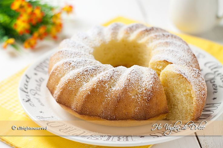 Ciambella al cocco e ricotta profumata al limone. Una torta al cocco morbida, umida ideale per la colazione e la merenda. Una ricetta facile da preparare