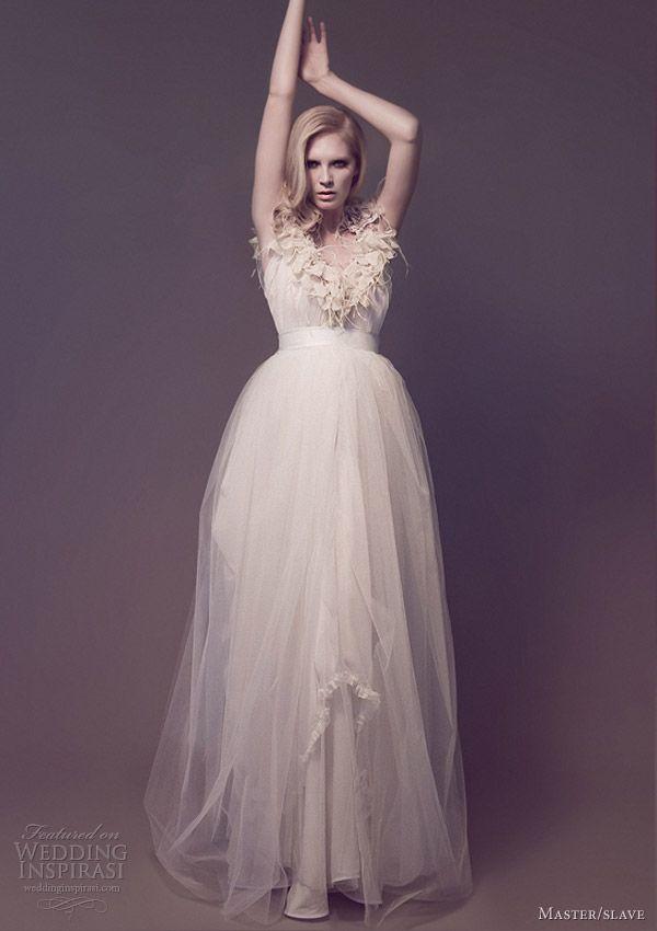 466 best Wedding dresses images on Pinterest | Wedding frocks ...