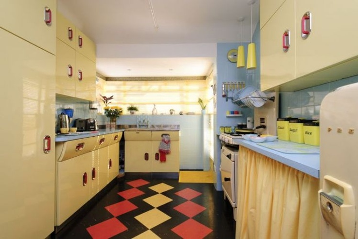 35 best images about retro and funky kitchens on pinterest for Kitchen cabinets 1950s