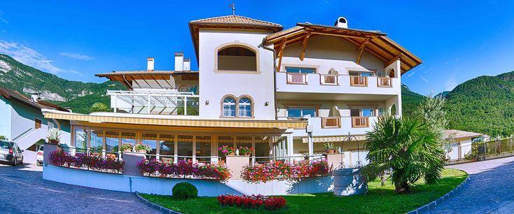 Garni Hotel Peterlinhof in Südtirol, Kaltern