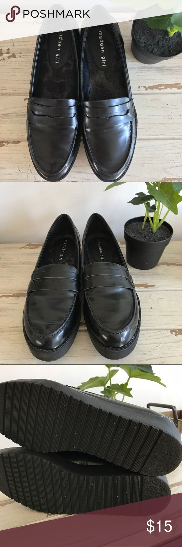 Madden Girl loafers black Madden girl loafers black / worn once / great condition/ Madden Girl Shoes Flats & Loafers