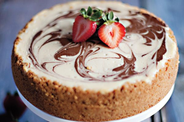 Banana Split Cheesecake | Sweets/Deserts | Pinterest
