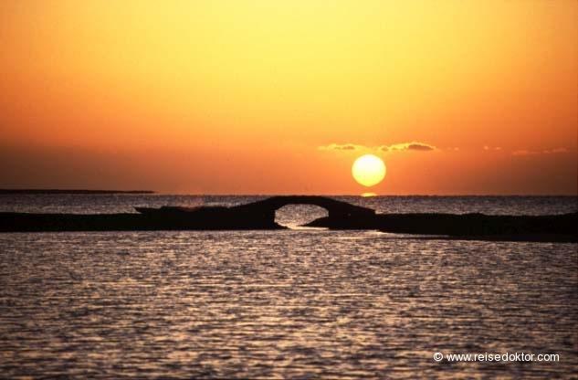 Ägypten Sonnenuntergang  www.reisedoktor.com