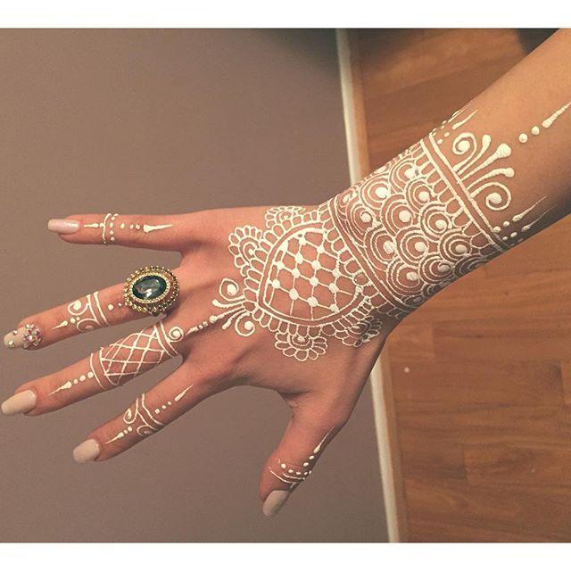 bodyart henna hennaart mehendi on Instagram