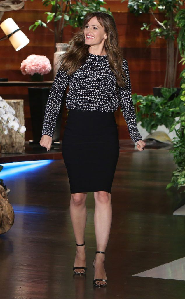 Jennifer Garner's Baby Bump Is Not Going Away! Plus, She Says Ben Affleck's Penis Is Her Gift to You  Jennifer Garner, Ellen Show