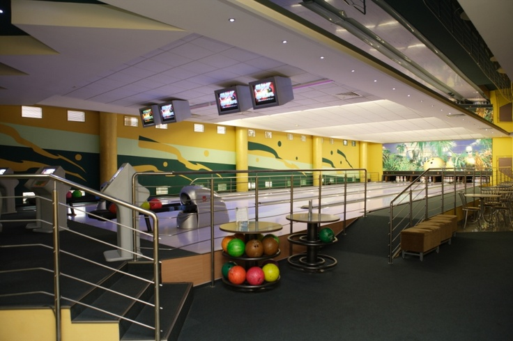 Bowling is located on the second floor of the hotel. It offers 4 game trails, and a bar for 24 seats with a wide selection of drinks, snacks and hot meals.
