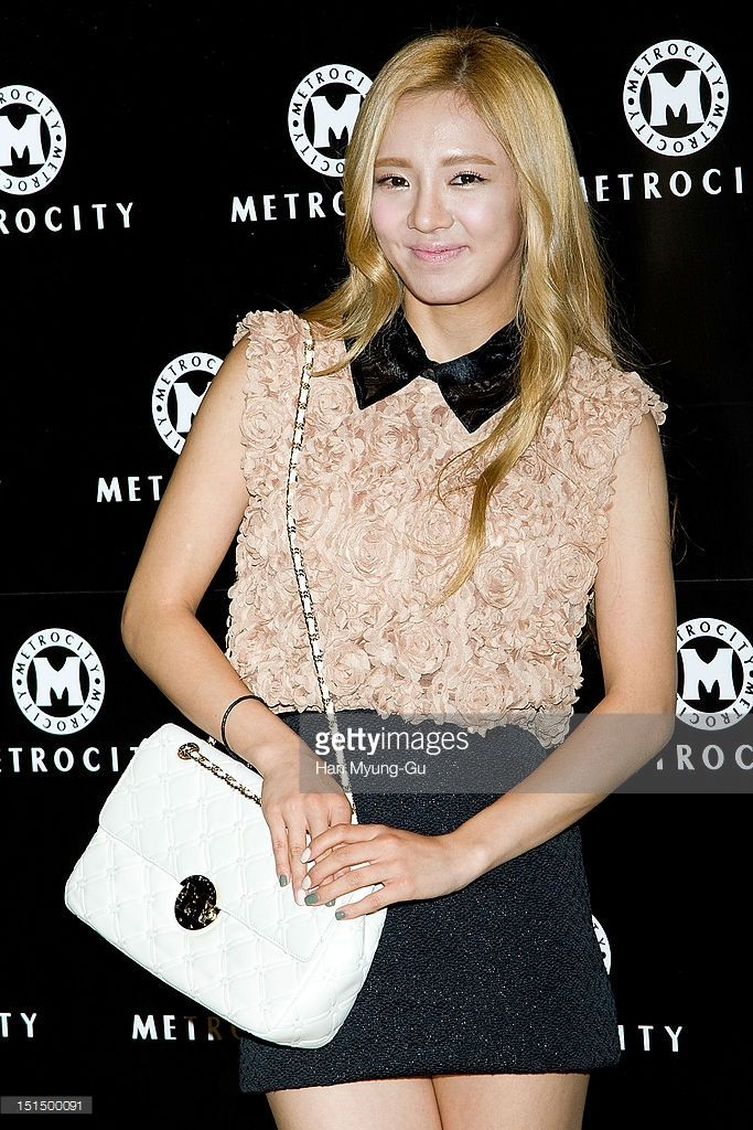 Hyoyeon of South Korean girl group Girls' Generation arrives for the 'Metrocity' Fashion Show at Grand Intercontinental Hotel on September 7, 2012 in Seoul, South Korea.