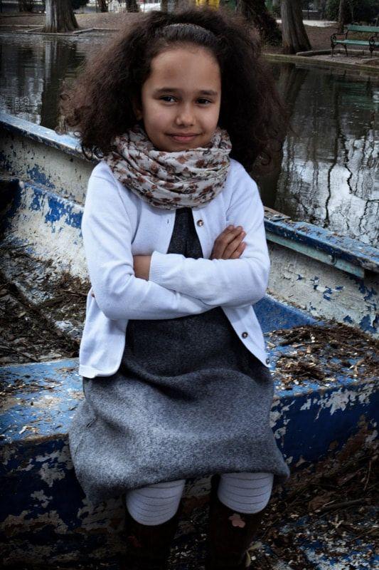 Vă mulțumesc că ați vizitat sectiunea de fotografie artistică pentru copii. Numele meu este Stancu Emil și sunt un fotograf profesionist pentru copii, cu sediul la Bucuresti. Sunt specializat în tot felul de fotografii pentru copii, care se străduiesc să realizeze portrete luminoase, naturale, pe care le veți prețui pentru totdeauna. Am o abordare relaxată și spontană, cu ceva timp pus deoparte pentru ca, copiii să fie copii.