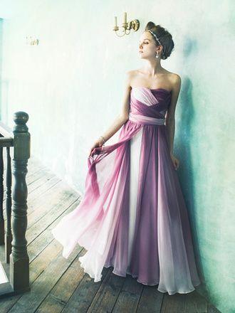 バレリーナのよう♡ピンクのスレンダー ウェディングドレス・花嫁衣装・カラードレスのまとめ一覧♡