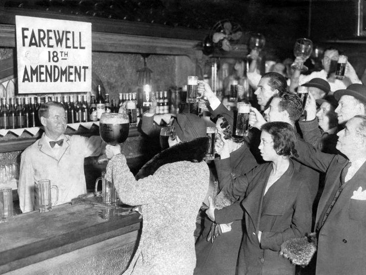 Celebrando el fin de la prohibición, 1932. Knme