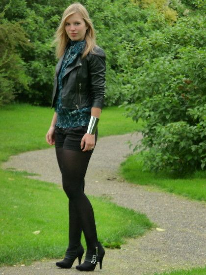 Oasis Leather Jacket, Wet Seal Leopard Print Top, H&M Black Short, Asos Modern Armour Cuff, Scapino Ankle Boots