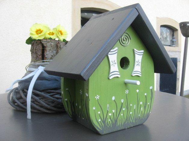 v ce ne 25 nejlep ch n pad na pinterestu na t ma vogelhaus bauen pta krm tka. Black Bedroom Furniture Sets. Home Design Ideas