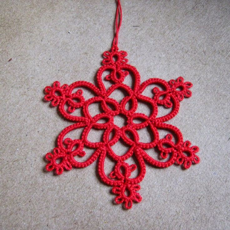 Tatted Snowflake in Red