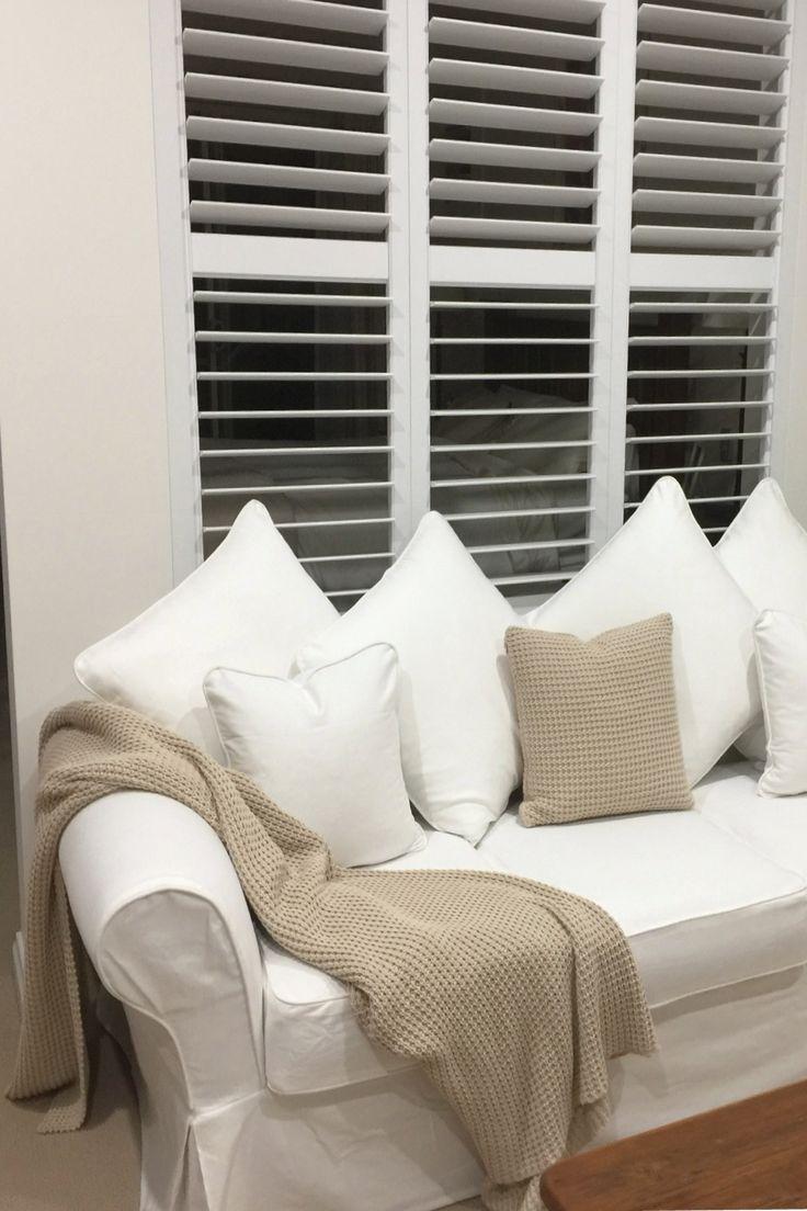 Pottery Barn Comfort Roll Arm Sofa With Knife Edge Cushion