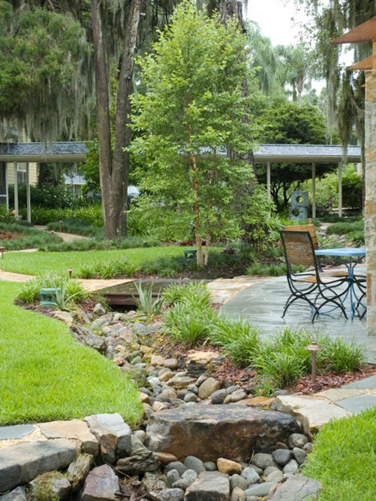 19 Stunning Dry River Designs For Gorgeous Garden