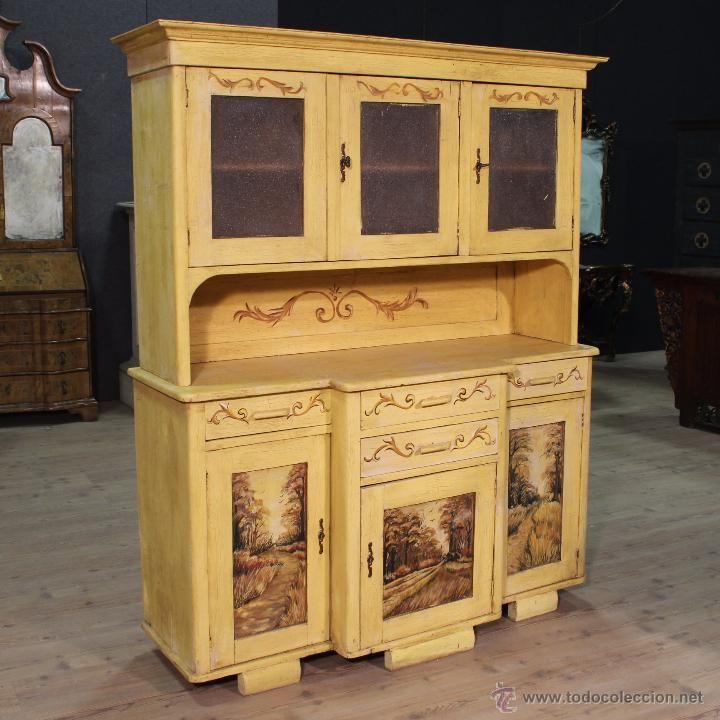 Aparador de europa oriental pintado a mano del siglo xx for Europa muebles