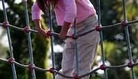 Great pictures for knot tying!  How to Make Rope Climbing Nets | eHow.com