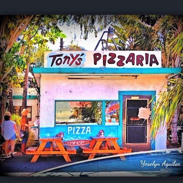 It's as good as it looks! Tony's Pizza; est 1960   Image by Yoselyn Aguilar www.instagram.com/yoshie_love805