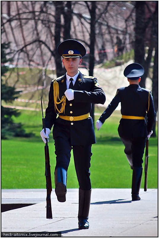 Changing guards #travel #moscow #russia                                                                                                                                                                                 More