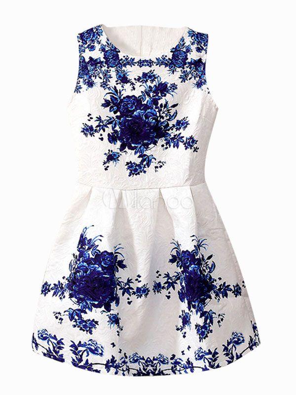 Séduisante robe skater douce moulante en polyester blanc imprimé fleuri avec relief