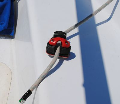 Your Guide to Sailing a Small Sailboat: Jibsheet and Cleat