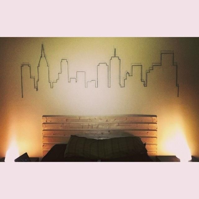 Atlanta skyline drawn in pencil and outlined in yarn. Took a little while to draw and everything but came out really nicely.