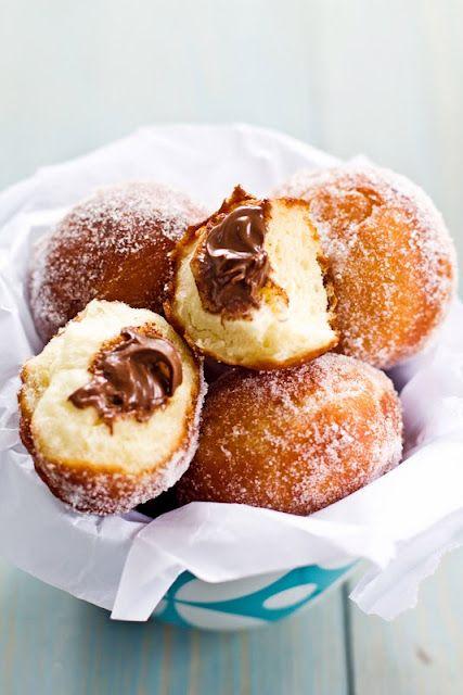 nutella doughnuts: Desserts, Ideas, Nutella Donuts, Sweets, Sweet Treats, Nutella Recipes, Doughnuts Recipe, Nutella Doughnuts