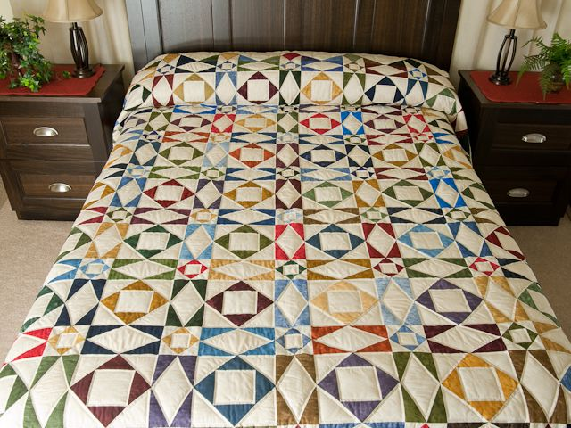 Best 25+ Amish quilts ideas on Pinterest | Nine patch quilt, Image ... : quilts amish - Adamdwight.com
