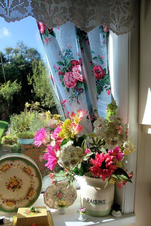 326 best images about country cottage window treatments on pinterest window treatments - Kleur idee corridor ...