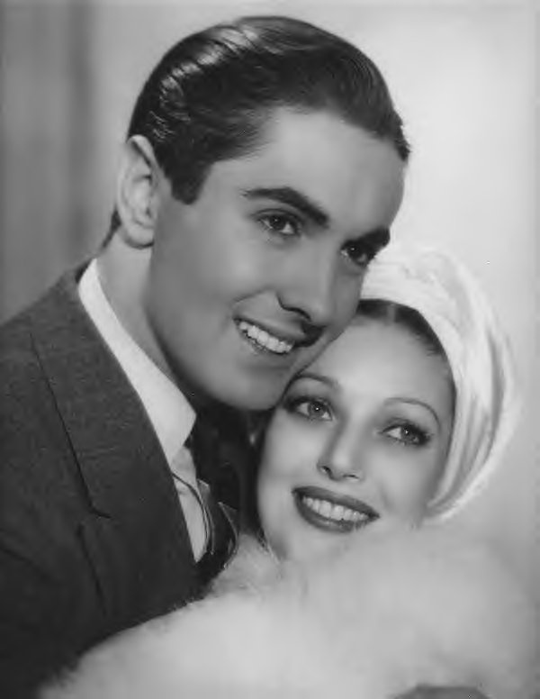 Sweethearts of the Silver Screen ~ Tyrone Power & Loretta Young 1930s/1940s made 5 movies together in a row.  They were so beautiful that the audiences fell in love with them as a couple.