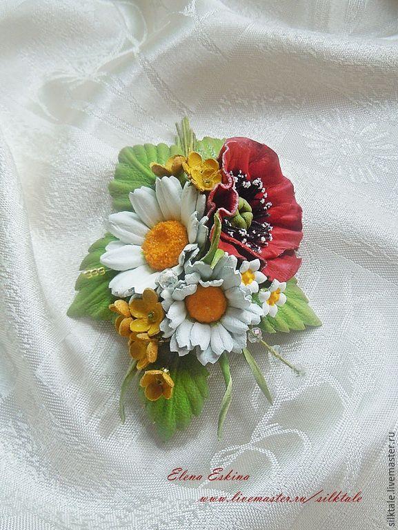 """Купить Брошь из кожи """"Запах лета"""" полевые цветы из кожи, мак, ромашка - белый, зеленый"""