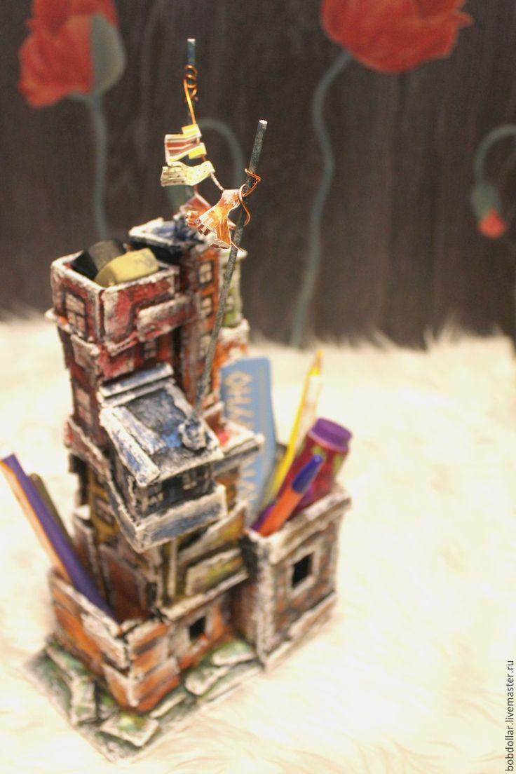 """Купить органайзер карандашница """"старый город"""" - комбинированный, домики, органайзер, для карандашей, для ручек, для детской комнаты"""